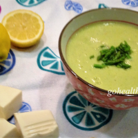 Cream of asparagus soup (vegan recipe)